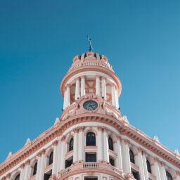Contratación de oficinas en Madrid y Barcelona